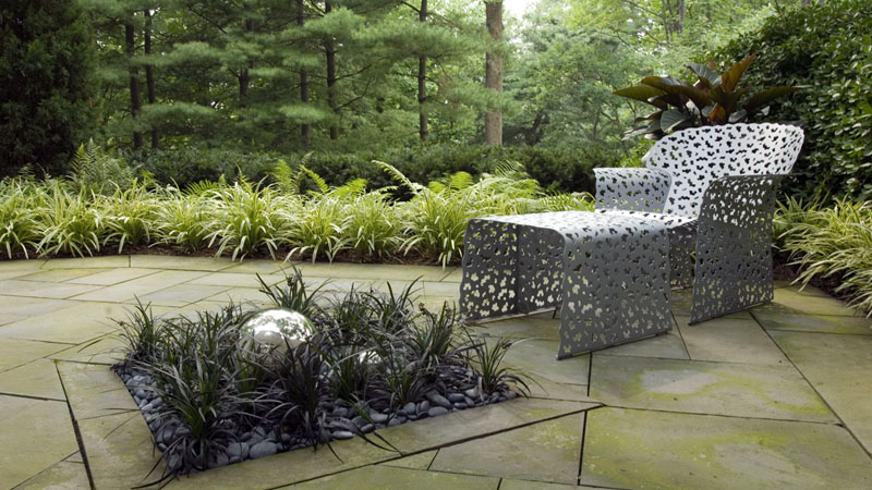 Westover portfolio serene townhouse garden briarcliff for Westover landscape design
